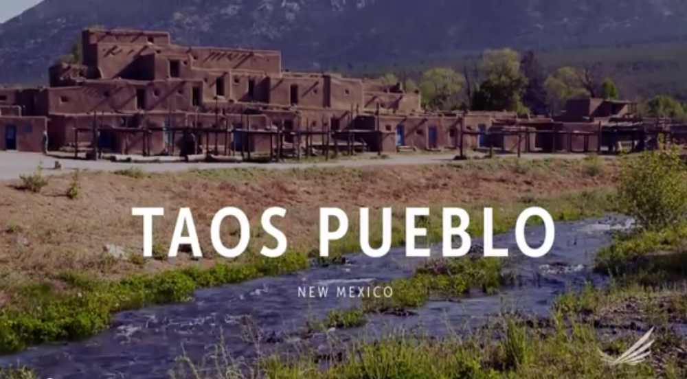 Native American town of Taos Pueblo, New Mexico