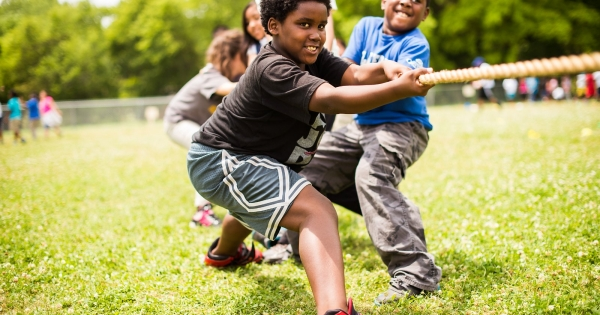 obesity in african american culture Obesity is socio-culturally distributed, ie, the prevalence of obesity is known to vary according to socio-cultural factors, including socio-economic position (sep), social roles and circumstance, and cultural factors.